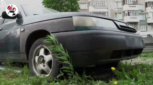 9  წლის ბიჭმა 8  წლის  გოგონა შეათრია ძველ მანქანაში  დედა-მამობანას სათამაშოდ