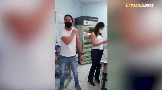 ბრაზილიელი სპორტული კომენტატორის სახალისო ვაქცინაცია