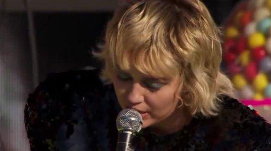 Miley Cyrus - Angels Like You